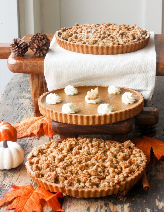 Thanksgiving Pie Special (Pumpkin Pie/Apple Crumble)